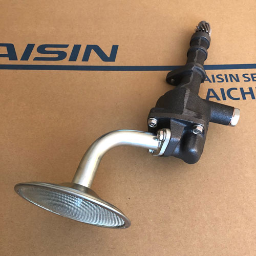 15100-47030 AISIN Oil Pump