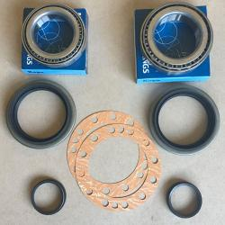 90-98 FJ80, FZJ80 Rear Axle Bearing Kit Rear Disc Brake 1