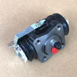 Wheel Cylinder, Front Left, 72-75 FJ40, FJ55 1